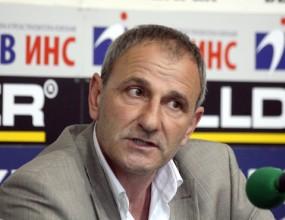 Никола Спасов: Отиваме за гол на чужд терен срещу ПСВ