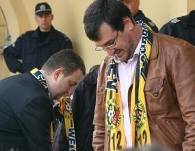 """Кметът на Пловдив преговаря с министъра на отбраната за стадион """"Ботев"""""""