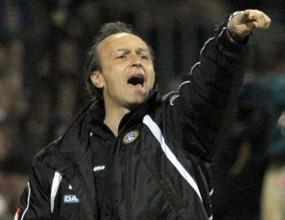 Паскуале Марино бесен на играчите си след загубата от Сампдория