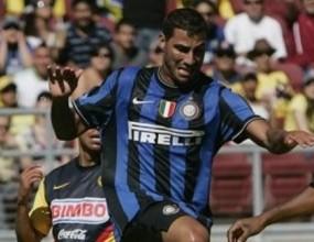 Интер включи Куарешма и Мансини в състава за Шампионската лига