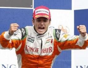 Официално: Фисикела заменя Бадоер във Ферари до края на сезона