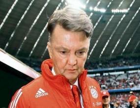 Феновете се застъпиха за Ван Гаал
