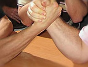 Красимир Костадинов спечели финалния кръг на Армрестлинг Лигата