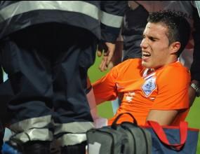 Тежък удар по Арсенал - без Ван Перси до април
