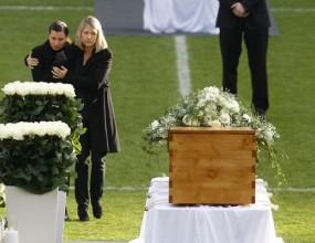 Тереза Енке: В най-тежкия момент разбрах колко обичан е бил Роберт