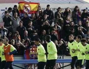 Знаме на Реал Мадрид подразни Барса