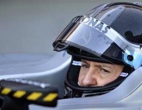 Мерцедес: Присъствието на Шумахер не носи напрежение