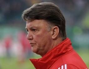 Ван Гаал критичен след победата срещу шампиона