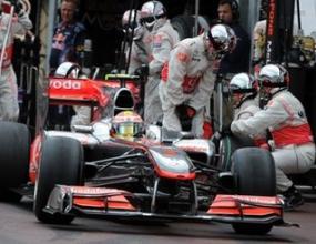 Хамилтън: Пилотите на Ред Бул не караха на максимума в Монако