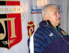 Бонев остава начело на Локо (Пд) и през следващия сезон