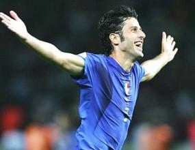 Липи шокира Италия - вади железния си боец от 2006 г. от състава за ЮАР