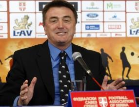 Антич извади шест и остави 24 футболисти в състава на Сърбия