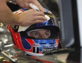 Бътън победи Шумахер в първата тренировка в Канада