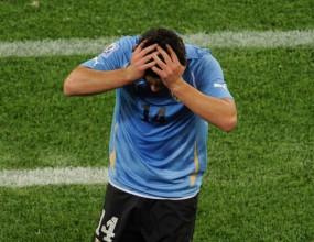 Талант на Аякс получи първия червен картон на Световното