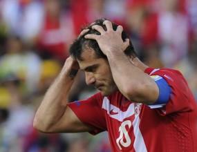 Гана се подигра със звездите на Сърбия в драма с дузпа и червен картон  (видео)