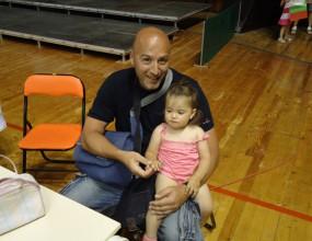 Сарата заведе дъщеря си за първи път във варненската волейболна зала