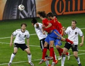 Премиерът на Испания: Страхотен Пуйол, гордеем се с този отбор