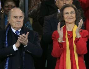 Кралица София поздрави тима на Висенте Дел Боске