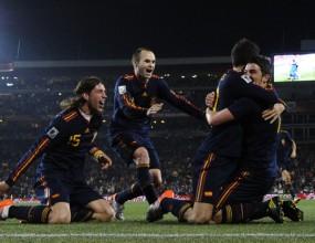 Испания е фаворит за финала, според журналистите