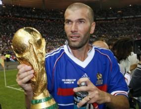 Зидан отрече твърденията на френския лекар за допинга през 1998 г.