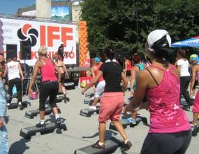 """Световни асове пристигнаха за Втория международен фитнес фестивал """"Движението е живот"""""""