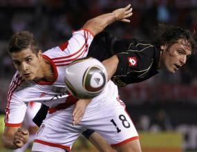 Ривър Плейт се издъни срещу последния в Аржентина