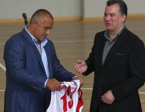 Премиерът откри новата спортна зала в София (видео)