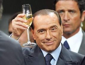 Берлускони чукна 74