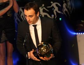 Димитър Бербатов с нов рекорд - №1 за 2010 година и общо за седми път