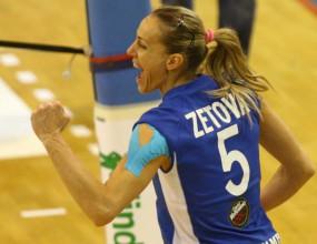 Тони Зетова дебютира като разпределителка! Прави 20 точки и Киери бие