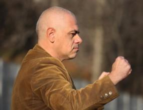 Босът на Миньор иска по-убедителен успех в София