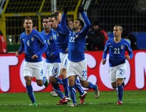 Италия среща Шевченко и компания
