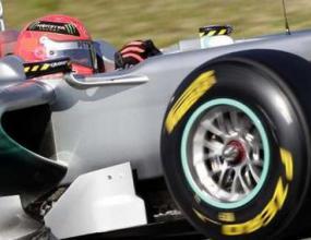 Пирели: Гумите ни не са разработени за Шумахер