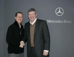 Браун прибра 100 милиона от продажбата на акциите си в Мерцедес GP
