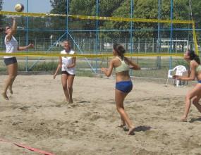 Шевкед и Иванова ще са първа двойка на България на Балканиадата по плажен волейбол