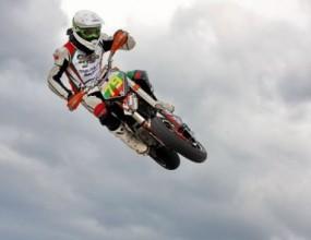 Ангел Караньотов срази конкуренцията с резервния си мотор