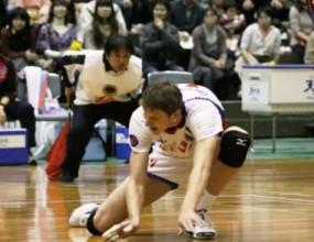 Миро Градинаров и Токио с две загуби в Япония