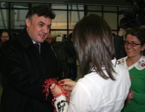 Вързаха мартеници на Любо Пенев и Боби Михайлов