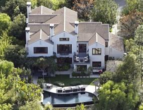 Ким Кардашян дава къща под наем за 40 хил. долара