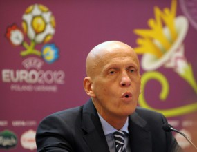 УЕФА забрани на съдиите от ЕП да коментират отсъжданията си