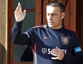 Пауло Бенто остава начело на Португалия до Мондиал 2014