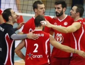 """Страхотен Супер Бобо с 31 точки! Олимпиакос взе """"българското"""" дерби в Гърция с 3:2"""