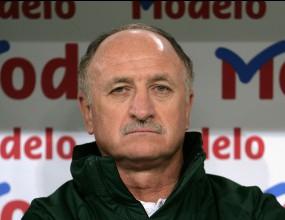 Бразилия ще има нов селекционер още утре, Сколари фаворит