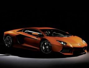 Lamborghini с юбилеен Aventador в Женева