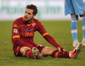 Рома остава без Дестро за два месеца?