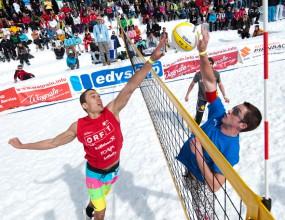 Най-смелите играят на Snow Volleyball World Tour (ВИДЕО)