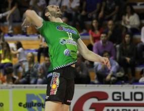 Страхотен Дани Милушев с 20 точки! Сора на полуфинал в Серия А2