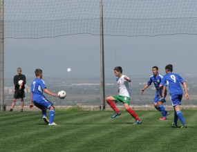 България (U16) започна с победа срещу Кипър