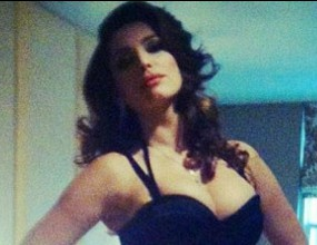 Кели Брук секси като София Лорен (снимки)