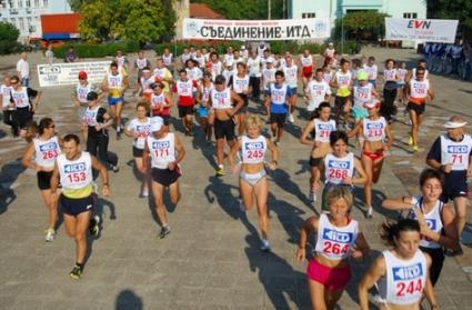 """За трета поредна година маратонът """"Съединение"""" с еднакъв победител"""